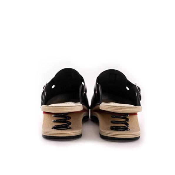 F01 crna 6